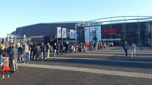 It was crowded in front of Ahoy Arena