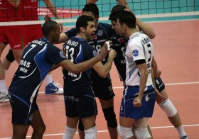 Legendary win for Arkas IZMIR to bring Turkey to top four in Europe