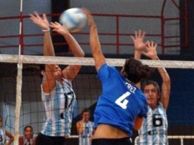 Argentina women face-off against national champs