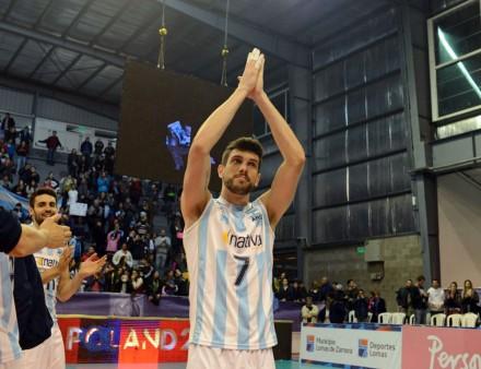 Argentina's Facundo Conte salutes the crowd