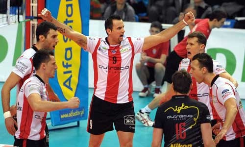 Asseco-Resovia-Rzeszow-with-gold-medal