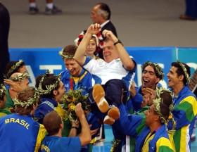 Bernardo-Rezende-and-his-team