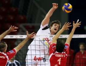 Brave Noliko MAASEIK survives in Sofia for a thrilling win in five sets