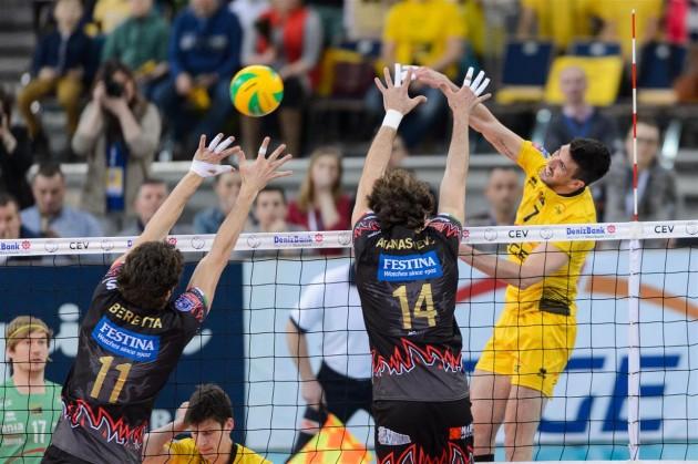 Conte against Periugia blocks