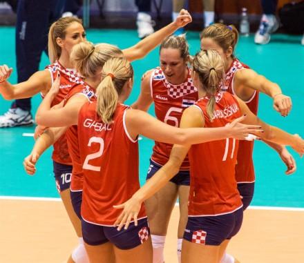 Croatian girls celebrated big victory