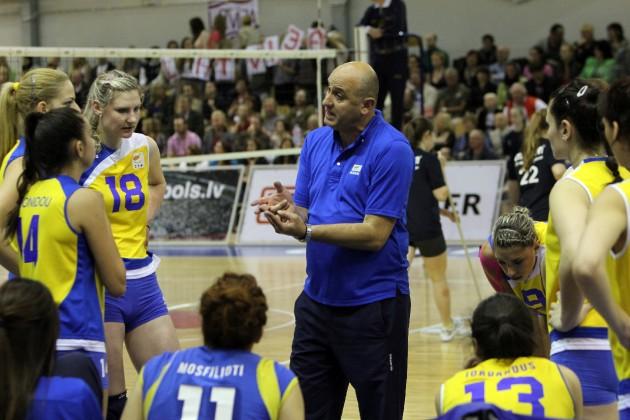 Cyprus-Head-Coach-Manolis-Roumeliotis