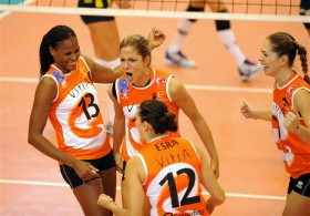 Eczacibasi and Vakifbank prolong their rivalry for another classy showdown