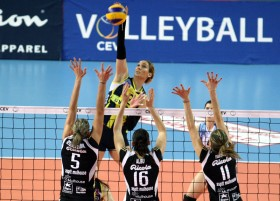 Fenerbahce routs MULHOUSE in three quick sets