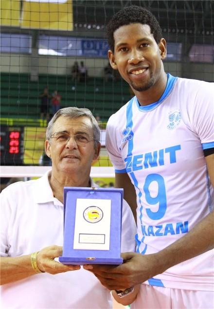 Leon the 1st best spiker of Club World Championship 2015