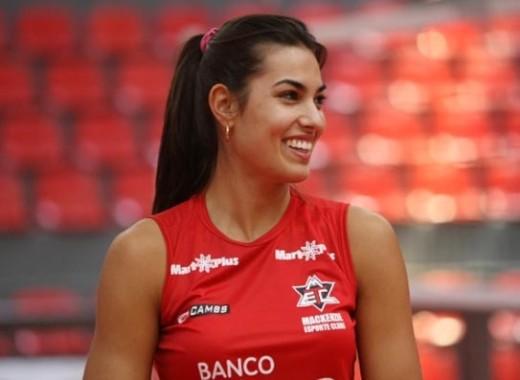 Luciane-Escouto