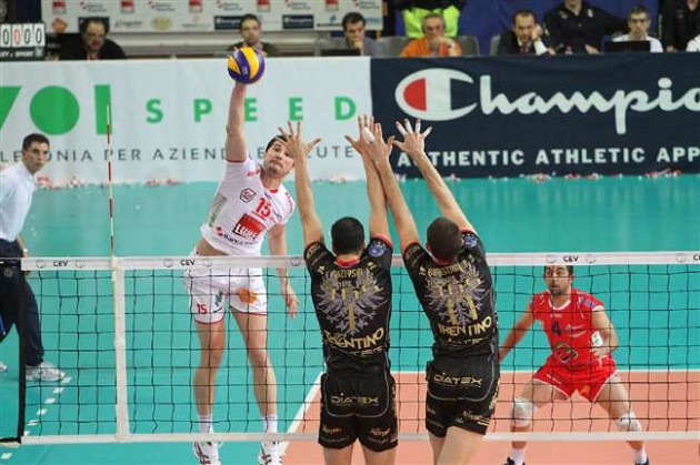 MACERATA comes from behind to edge triple European champions