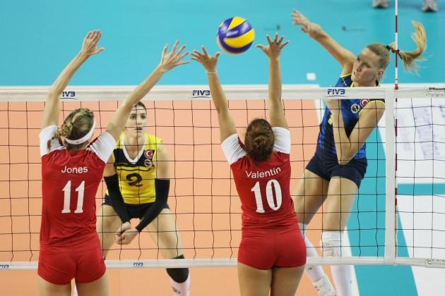 Mari-Steinbrecher-scored-the-final-point