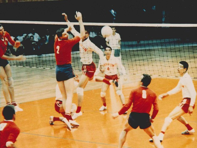 Olympic Games Countdown – USSR ride high on Mexican wave