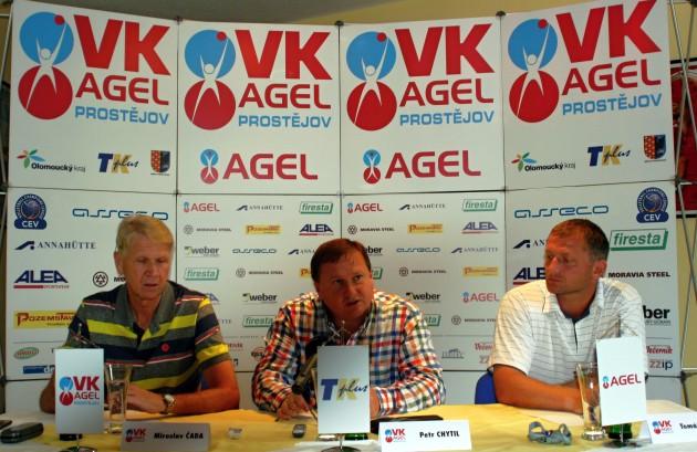 Press-conference1