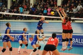 Romania's champions take on Russian bear to prolong their European dream