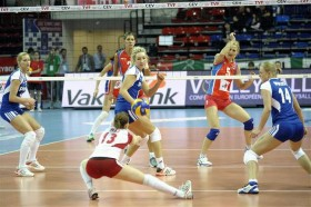3 wins in 3 matches for Poland after a dramatic 3-2 over Serbia