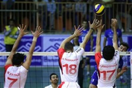Triple block of Shahrdari Urmia players