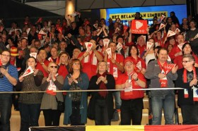 Volleyball fever spreading around in Maaseik for a sold-out house