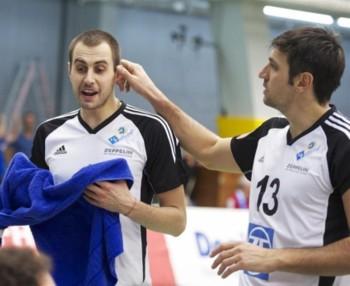 Bratoev (left)