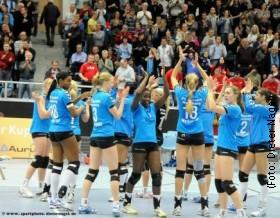 Hamburg celebrate after victory against DSC