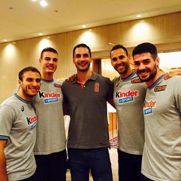 Kaziyski with Italian players