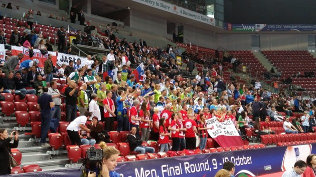 Slovenian and Polish fans together!